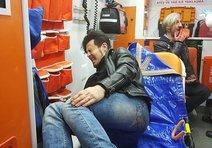İzmirli sanatçı silahlı saldırıya uğradı