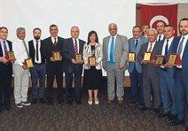 Rektörlerden Erdoğan'a ödül