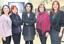 8 kadından ortak sergi
