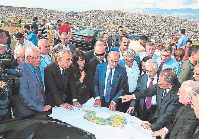 Karabağlar'da kentsel dönüşüm 2017'de başlıyor