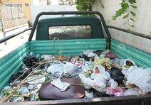 Kamyonete çöplük muamelesi