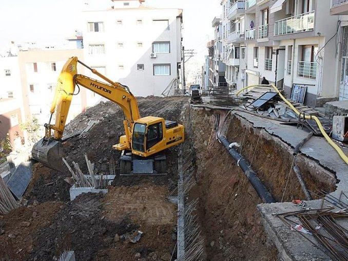 Çöken yolun onarımı için çalışma başlatıldı