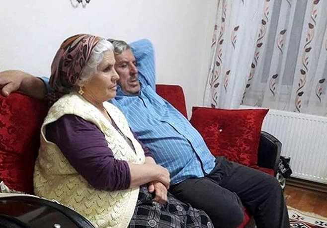Yaşlı çift komşu kurbanı