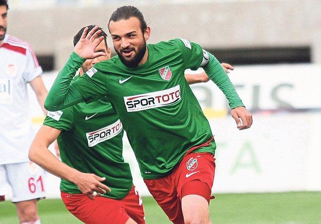 Kadroyu elde tutmak için 2.5 milyon liraya ihtiyacı olan Yeşil - Kırmızılı yönetim, bu paranın beşte üçünü Mustafa Aşan, Can Erdem, Cenk Özbey ve Tayfun Pektürk'e ödeyecek.