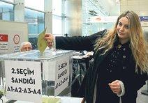 Referandum oylaması sınır kapılarında başladı