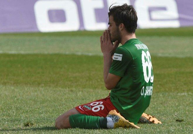 Karşıyaka, yeni sezon öncesi takımdan ayrılıp Şanlıurfaspor'la anlaşan 22 yaşındaki Okan Şahingöz'ün transferinden Güneydoğu ekibinden 90 bin TL yetiştiricilik bedeli alacak.