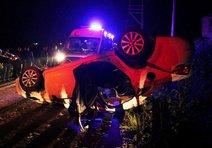 Takla Atan Otomobilden Yaralı Kurtuldular