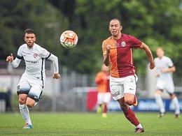 Galatasaray'da 4 kadro dışı