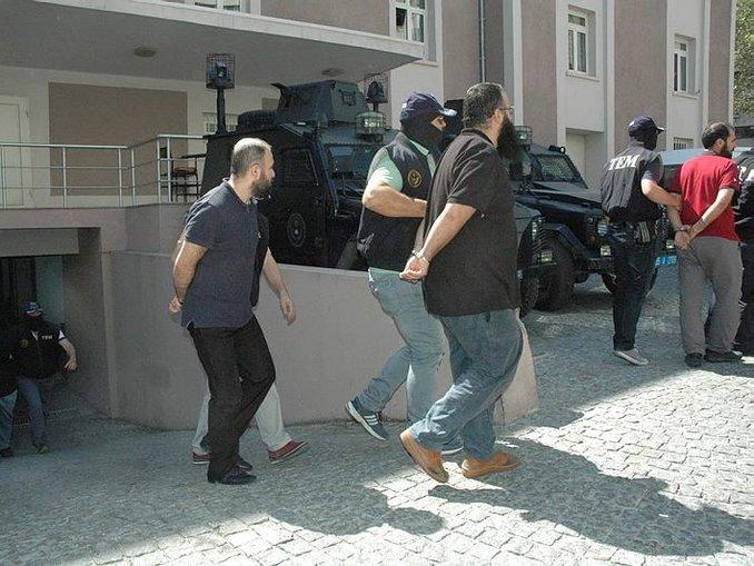 İzmirdeki DAEŞ zanlıları adliyede