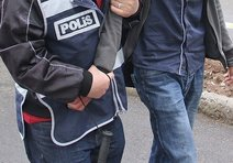 Uşakta FETÖ operasyonu: 13ü öğretmen 20 gözaltı