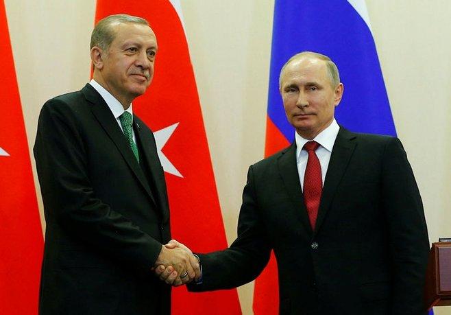 Erdoğan ve Putin'den Akkuyu görüşmesi